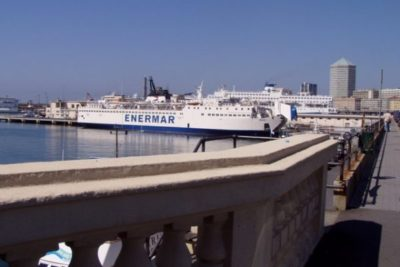 イタリア・ジェノバ港